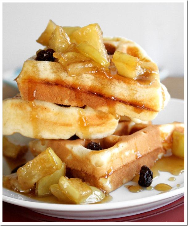 apple-raisin-waffles-4