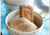 Crunchy Biscoff Ice Cream {And a Giveaway!}