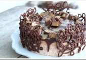 #CookUpCozy with a Chocolate Caramel Candy Cheesecake