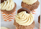 Reese's Peanut Butter Cookie Buttercream Topped Cupcakes