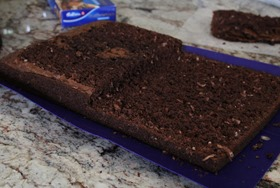 cookie-cake-cut