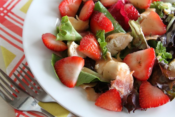 strawberry-bacon-salad