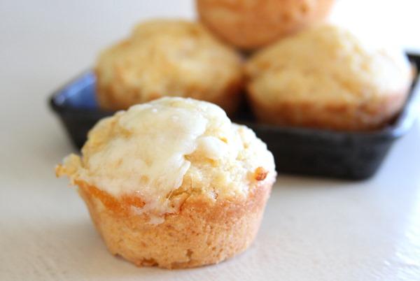 corn-muffin-cheesy-2