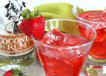 strawberry coconut rum